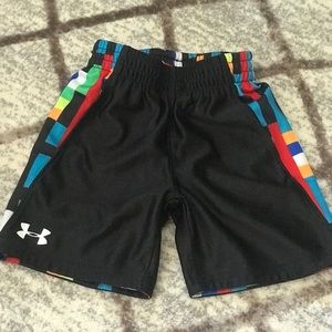 Under Armour boys reversible shorts